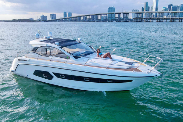 45' Azimut 43 Atlantis 2015 | Ella Rose