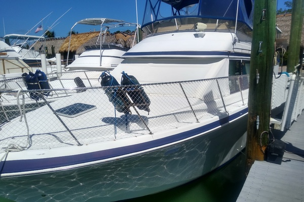 40' Chris-craft Catalina 372 1990 | Wander