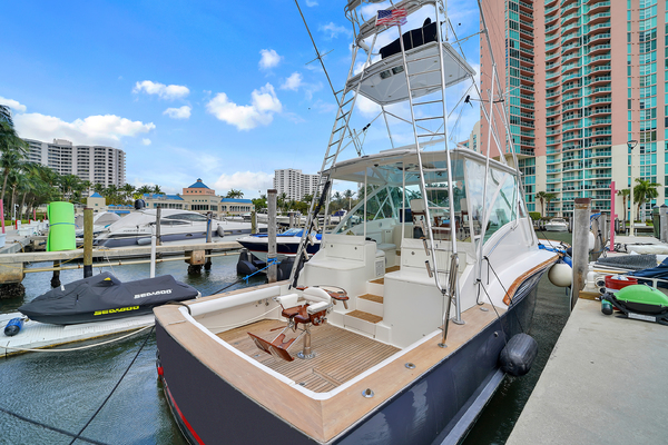 48-ft-Buddy Davis-2006-express-Hook Em II Aventura Florida United States  yacht for sale