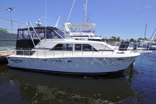 38-ft-Chris-Craft-1987-381 Catalina-SECOND ACT Cape Coral Florida United States  yacht for sale