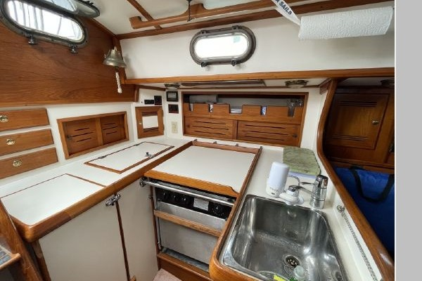 Heron 36ft Cape Dory Yacht For Sale