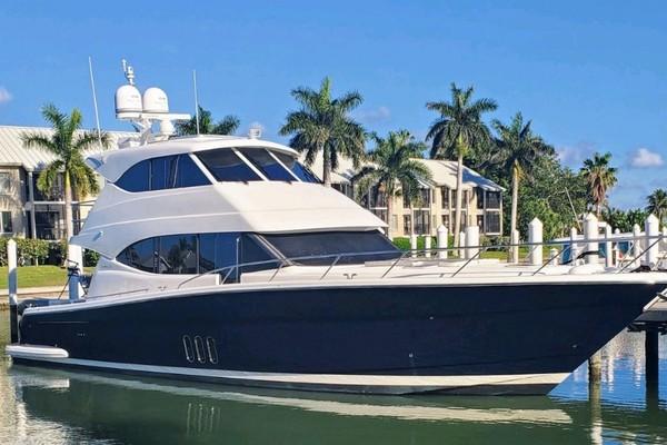 Maritimo M58 Motor Yacht