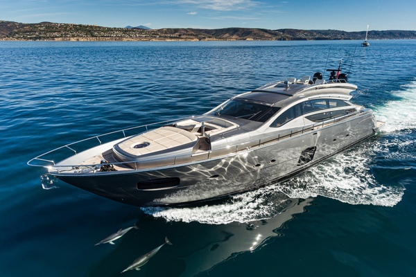 82-ft-Pershing-2015-Pershing 82-  Florida United States  yacht for sale
