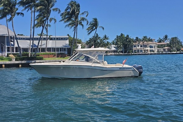 33-ft-Grady-White-2015-33 Freedom-Seaesta Fort Lauderdale Florida United States  yacht for sale