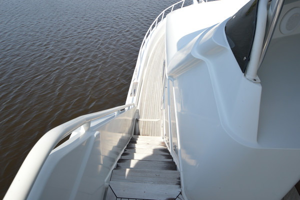 2001Custom 72 ft 72 Motoryacht   Intermission