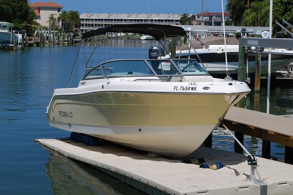 2007 Robalo R 227