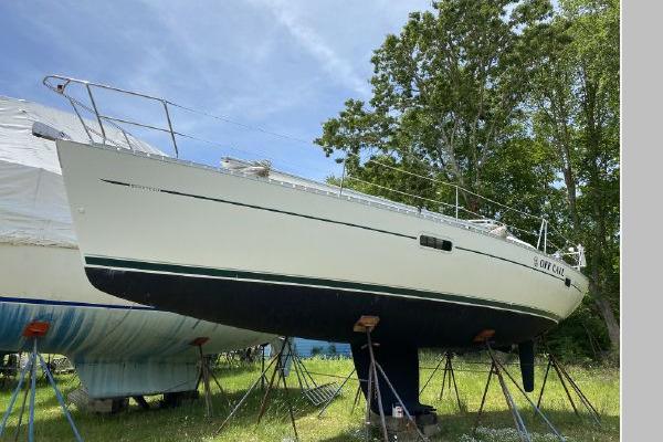 36-ft-Beneteau-2000-Oceanis 361-Off Call Mattapoisett Massachusetts United States  yacht for sale