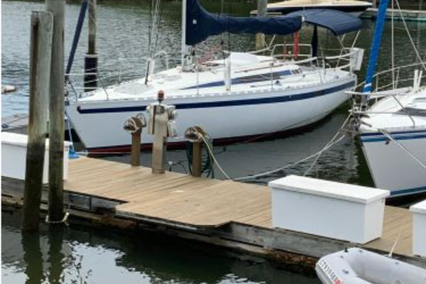 35-ft-Beneteau-1984-First 35-Ruffian Branford Connecticut United States  yacht for sale