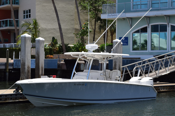 30-ft-Jupiter-2013-30FS-Envelopeus Riviera Beach Florida United States  yacht for sale
