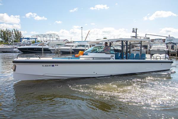 37-ft-Axopar-2019-37 Sun Top- Fort Lauderdale Florida United States  yacht for sale