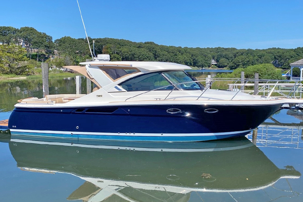 31-ft-Tiara Yachts-2015-Coronet 3100-AS YOU WISH Des Moines Washington United States  yacht for sale