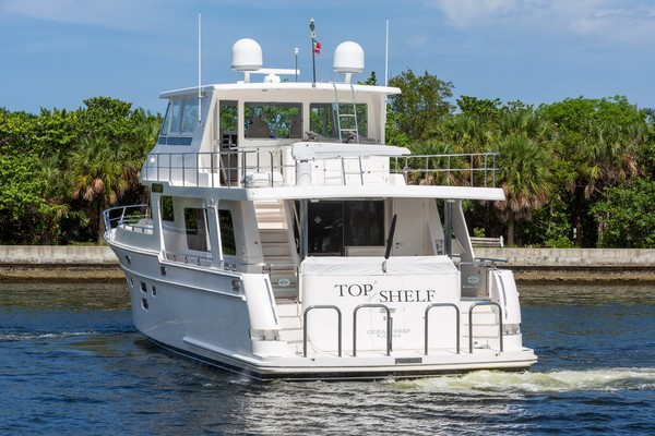 Picture Of: 68' Hampton Endurance 2017 Yacht For Sale | 4 of 47
