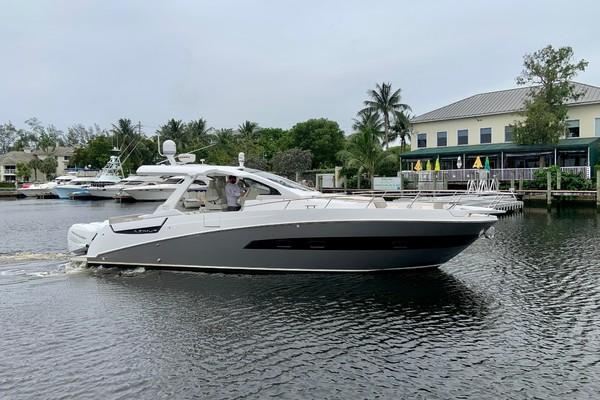 40-ft-Azimut-2018--  Florida United States  yacht for sale