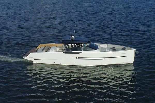 Ocean 55 - Exterior Profile