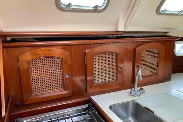 38ft Beneteau Yacht For Sale