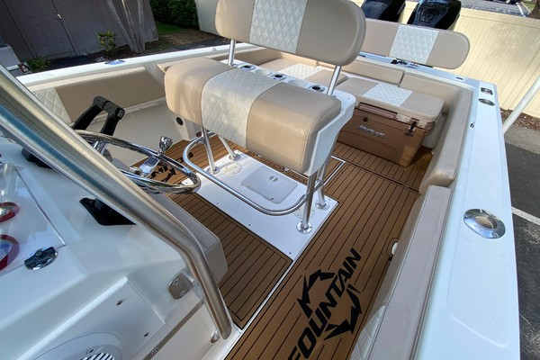 31ft Fountain Yacht For Sale