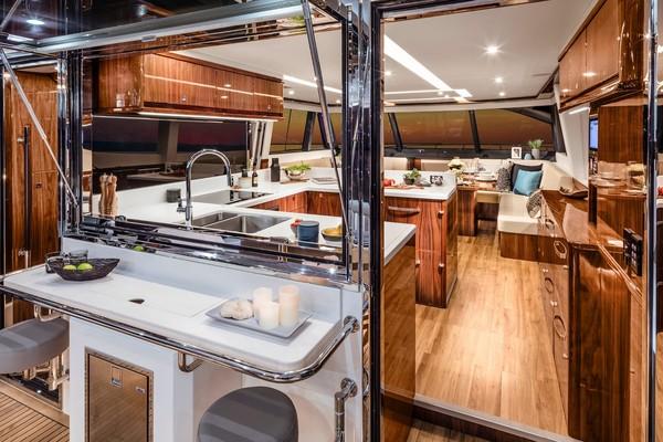 2023Riviera 68 ft 68 Sports Motor Yacht