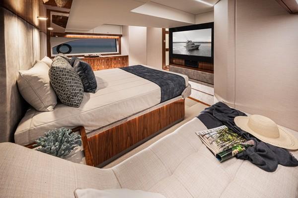 2023Riviera 50 ft 50 Sports Motor Yacht