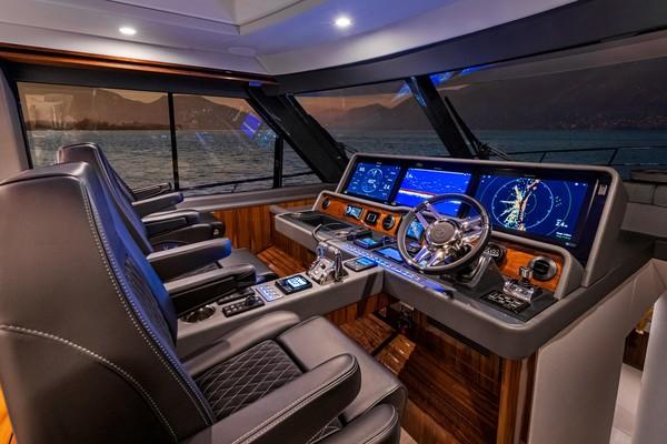 2023Riviera 64 ft 64 SUV