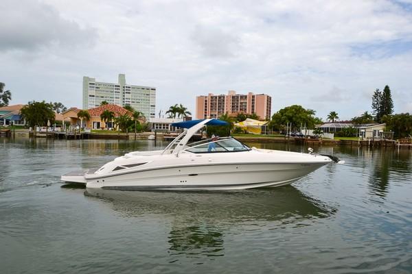 2010 Sea Ray 300 SLX