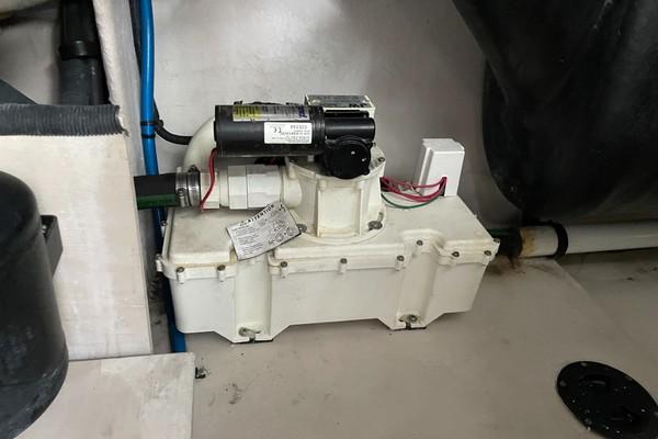 Vacuum Flush Macerator