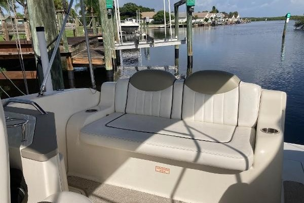 24ft Sea Ray Yacht For Sale