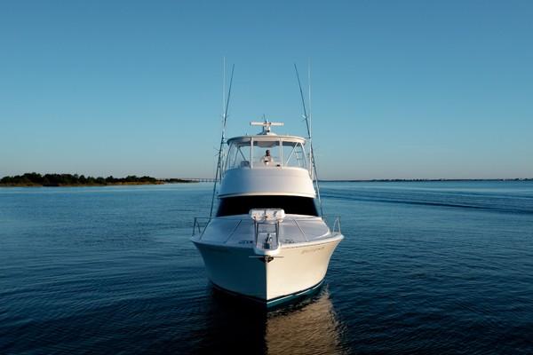 2019 Viking 44 Convertible  Bow