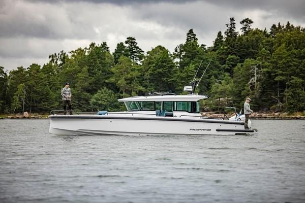 37-ft-Axopar-2021-37 Cross Cabin- Sarasota Florida United States  yacht for sale
