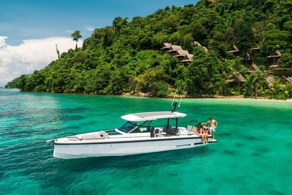 37-ft-Axopar-2022-37 Sun Top- Sarasota Florida United States  yacht for sale