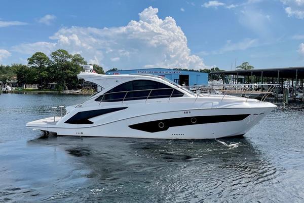 40-ft-Evolve-2021-400 HT-Magic Island Shalimar Florida United States  yacht for sale