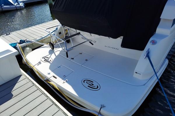 32ft Regal Yacht For Sale