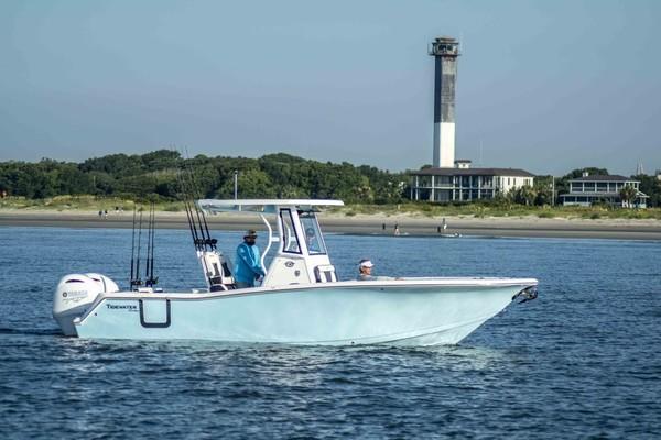 25-ft-Tidewater-2022-256 CC Adventure- Sarasota Florida United States  yacht for sale