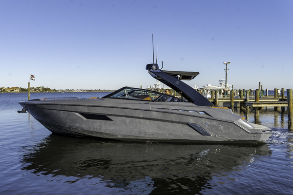 33-ft-Cruisers Yachts-2018-338 South Beach Edition-  Florida United States  yacht for sale