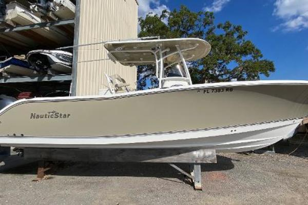 28-ft-NauticStar-2016--  Florida United States  yacht for sale