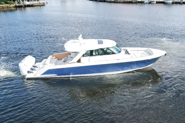 48-ft-Tiara Yachts-2022-- Delray Beach Florida United States  yacht for sale