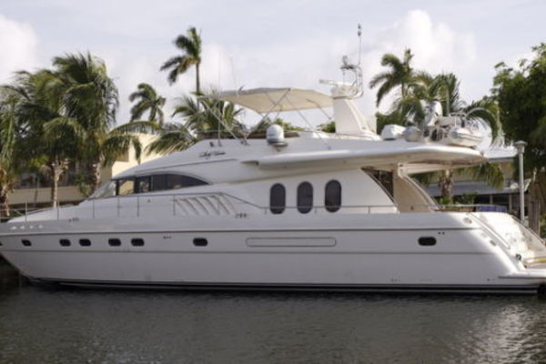 72' Viking Sport Cruiser 1999 | Lady Kariman