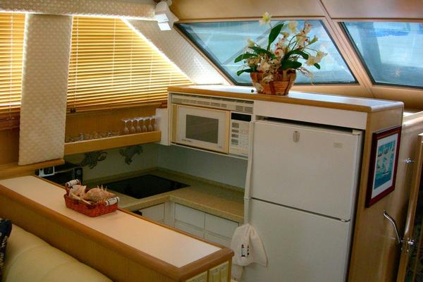 1997 Hatteras 52' Motor Yacht Fly Bridge My Toy | Picture 5 of 23