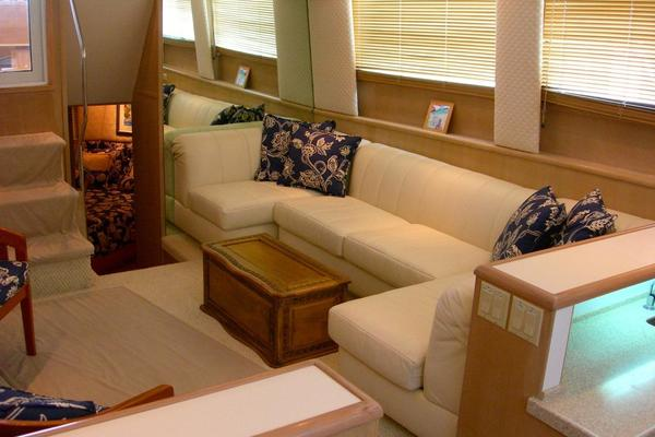 Picture Of: 52' Hatteras Motor Yacht Fly Bridge 1997 Yacht For Sale | 3 of 23