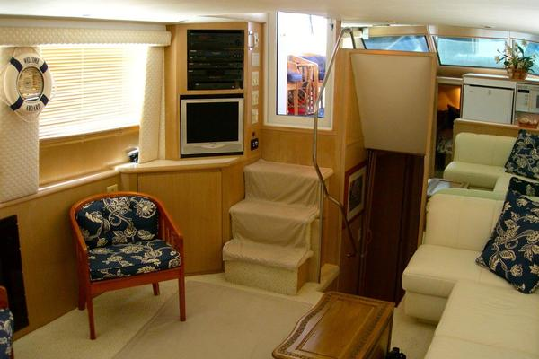 Picture Of: 52' Hatteras Motor Yacht Fly Bridge 1997 Yacht For Sale | 4 of 23