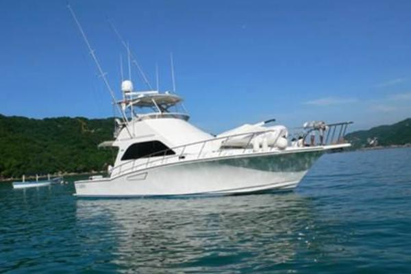 photo of 47' Cabo 47 Convertible 2000