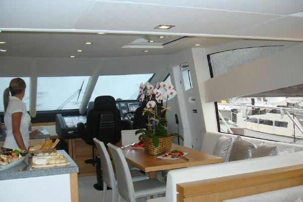 2011 Sunseeker 63' Manhattan  | Picture 6 of 9