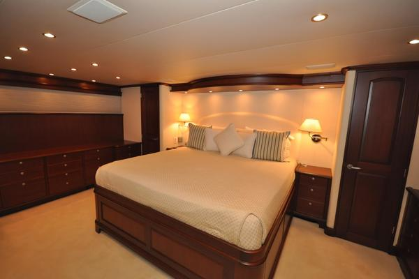 2007 Pacific Mariner 85' Flushdeck MY LUCK A LEE IV | Picture 6 of 37