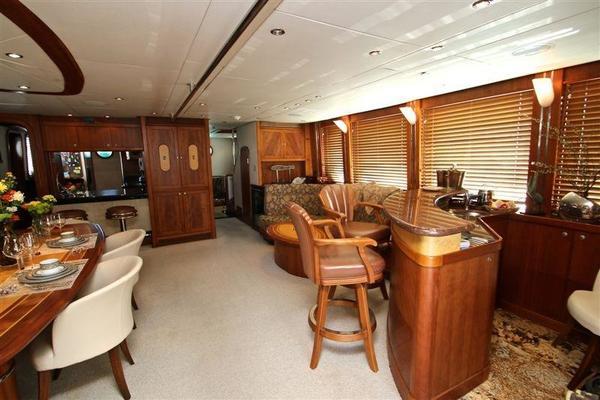 2005 Explorer 95' Expedition Yacht IMPETUS | Picture 3 of 69