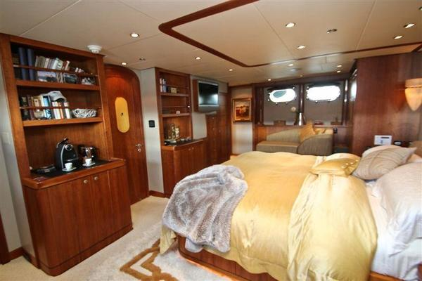 2005 Explorer 95' Expedition Yacht IMPETUS | Picture 2 of 69