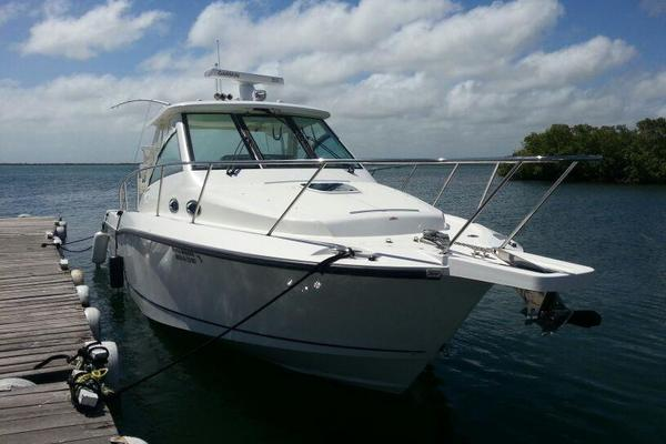 34' Boston Whaler Conquest 345 2012 |