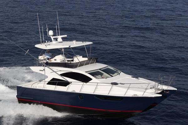 2015Mares 45 ft Catamaran   Hadley Hayes