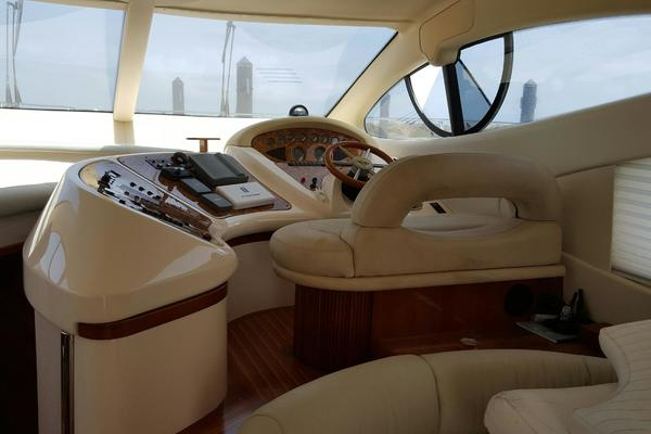 Picture Of: 46' Azimut 46 2001 Yacht For Sale | 2 of 18