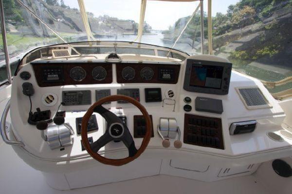 2002Sea Ray 48 ft 480 Sedan Bridge