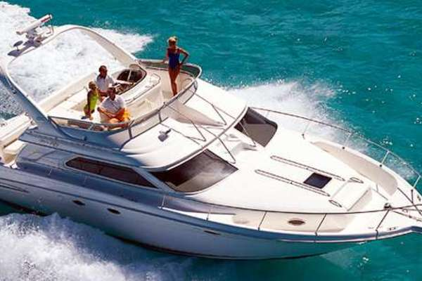 45' Sea Ray 450 Express Bridge 1999 | Lathia