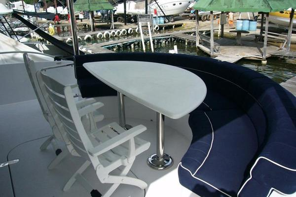 Picture Of: 60' Hatteras 60 Motor Yacht 2013 Yacht For Sale   4 of 14